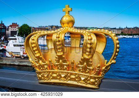 Crown on Skeppsholmsbron, Stockholm, Sweden