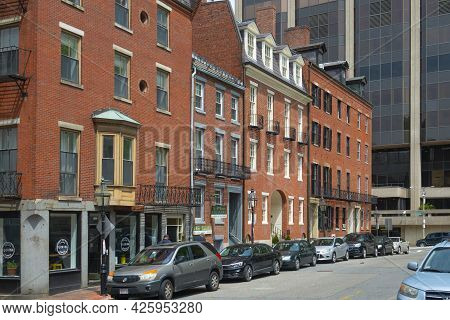 Boston - May 16, 2018: Historic Buildings At Block On Derne Street Between Bowdoin Street And Temple