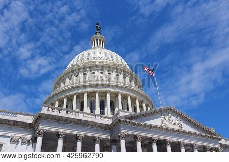 Us National Capitol. American Landmark In Washington, Dc. United States Capitol.