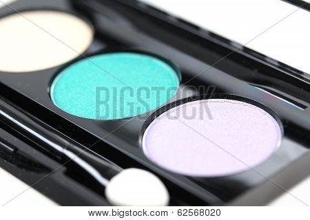 Make-up Eyeshadows With Brush