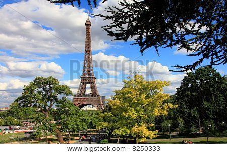 High resolution image of Eiffel Tower, Paris, France poster