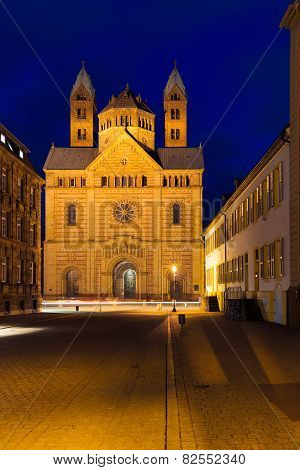 Speyer cathedral at dawn, Pfalz, Germany