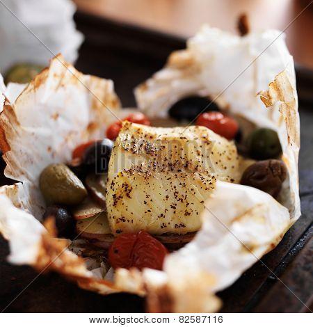mediterranean cod packet with vegetables
