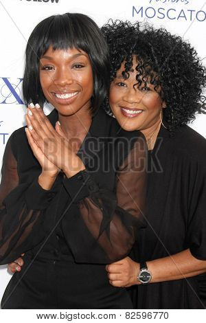 LOS ANGELES - FEB 6:  Brandy Norwood, Sonja Norwood at the MILF (Moms I like To Follow) Celebration Of Entertainment at a SLS Hotel on February 6, 2015 in Beverly Hills, CA