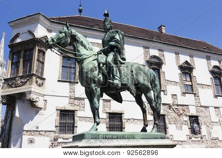 András Hadik Statue