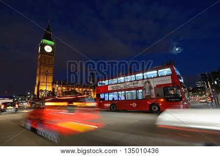 LONDON - OCTOBER 02: Night traffic on the streets of London on October 02, 2014 in London, UK. London is one of the world's leading tourism destinations