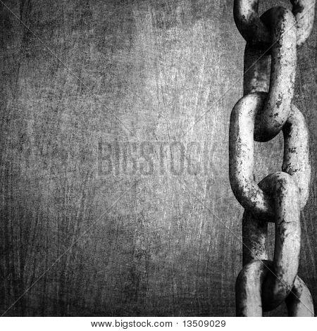 cadena pesada sobre fondo de metal