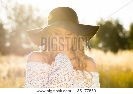Beautiful Young Lady Model Posing In A Field At Sunrise - Outdoors Shoot