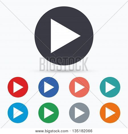Arrow sign icon. Next button. Navigation symbol Flat arrow icon. Simple design arrow symbol. Arrow graphic element. Circle buttons with arrow icon. Vector