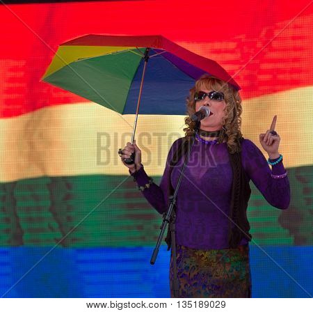 Boise, Idaho/usa - June 20, 2016: Rocci Johnson From Humpin Hannahs On Stage At Boise Pridefest