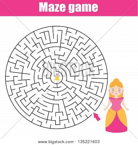 Maze children game: help the princess go through the labyrinth and find her crown
