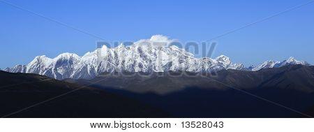 tibet: mount namcha barwa
