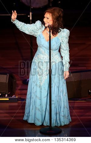 NASHVILLE, TN-SEP 1: Loretta Lynn accepts the Crystal Miletone award during the 9th Annual ACM Honors at the Ryman Auditorium on September 1, 2015 in Nashville, Tennessee.