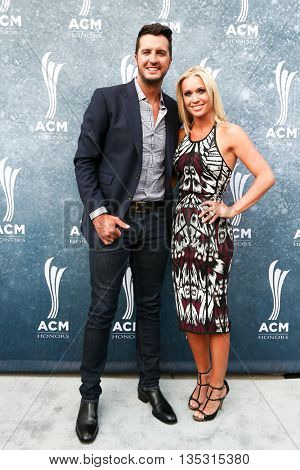 NASHVILLE, TN-SEP 1: Luke Bryan (L) and wife Caroline Boyer attend the 9th Annual ACM Honors at the Ryman Auditorium on September 1, 2015 in Nashville, Tennessee.