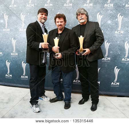 NASHVILLE, TN-SEP 1: (L-R) Ted Gentry, Jeff Cook and Randy Owen of Alabama attend the 9th Annual ACM Honors at the Ryman Auditorium on September 1, 2015 in Nashville, Tennessee.