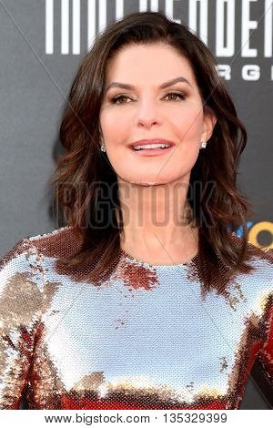 LOS ANGELES - JUN 20:  Sela Ward at the Independence Day: Resurgence LA Premiere at the TCL Chinese Theater IMAX on June 20, 2016 in Los Angeles, CA