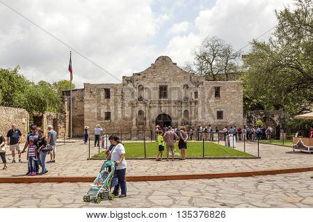 SAN ANTONIO USA - APR 11: The chapel of the Alamo Mission also known as the