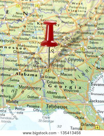 Map with pin set on Atlanta, USA.