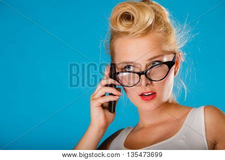 Pin Up Retro Gril With Glasses Anh Phone.