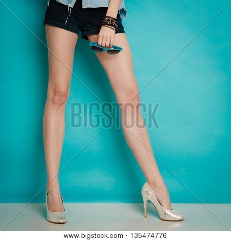 Silver High Heels Fashionable Shoes On Sexy Female Legs
