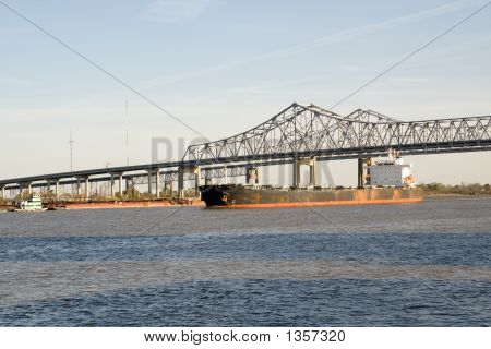 River Traffic On The Mighty Mississippi