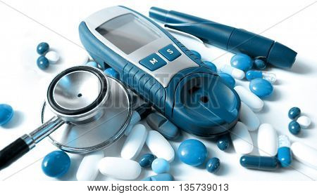 Device for measuring blood sugar level and pills-blue version