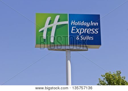 Indianapolis - Circa June 2016: Holiday Inn Express Location. Holiday Inn is a Subsidiary of InterContinental Hotels Group I