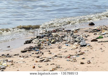 The beach have a garbage and effluents concept of environmental protection.