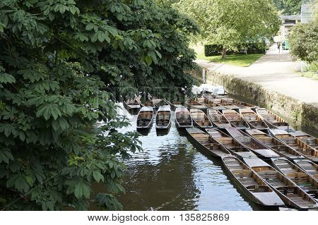 The boats for punting waiting for passengers