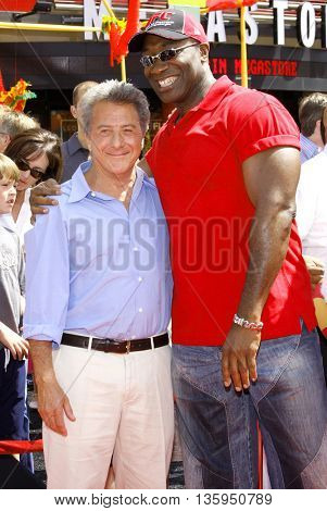 Michael Clarke Duncan and Dustin Hoffman at the Los Angeles premiere of 'Kung Fu Panda' held at the Grauman's Chinese Theater in Hollywood, June 1, 2008.