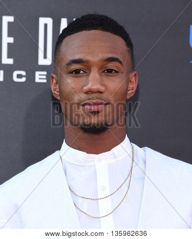 LOS ANGELES - JUN 20:  Jessie Usher arrives to the