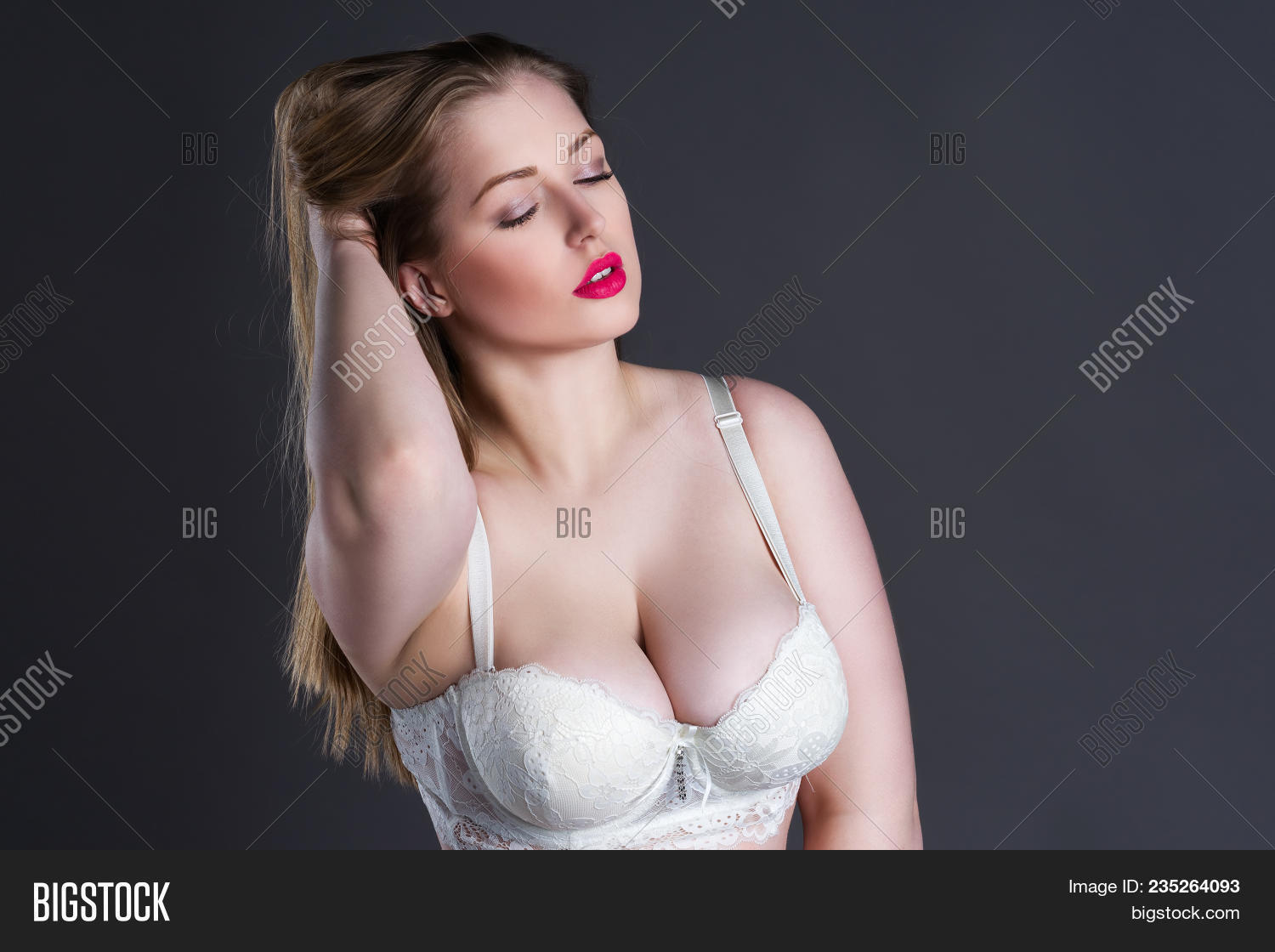 For that big blonde boob fat sexy visible, not