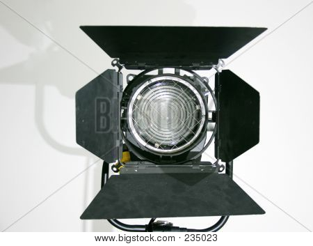 C7833 Studio Lamp B