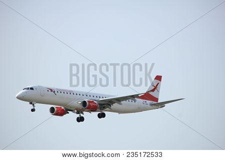 Amsterdam The Netherlands - April, 7th 2018: Oe-lwa Austrian Airlines Embraer Erj-195 Approaching Sc