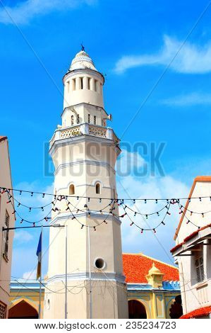 Minaret of the old Lebuh Aceh Mosque (Acheen St Mosque), George Town, Penang, Malaysia. UNESCO world heritage site