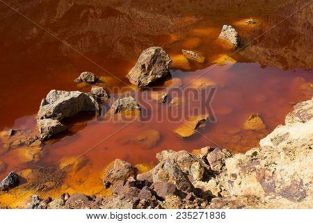 Chinoike Jigoku In Beppu, Japan. 'blood Pond Hell', Chinoike Jigoku Is Called 'blood Pond Hell' Beca