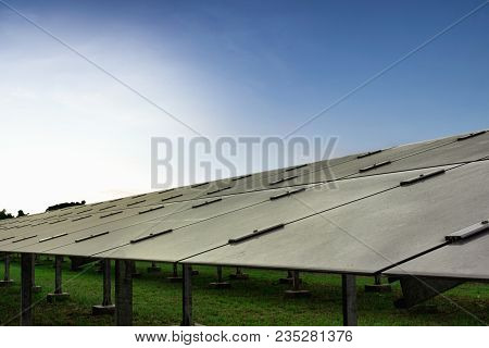 Concept Solar Farm, An Alternative Energy Cell For The Future