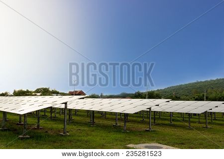Lanscape, Solar Farm Produces Electricity From Solar Energy, Clean Energy To Replace Global Warming.