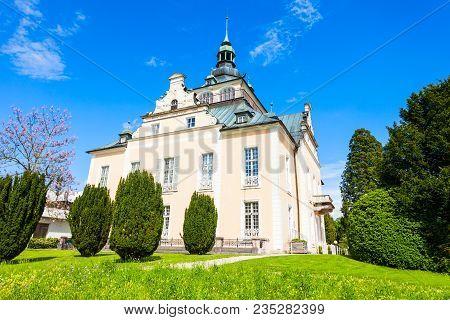 Gmunden Villa Toscana Congress Or Kongresshaus Toscana Is A Castle Villa In Toscana Park In Gmunden