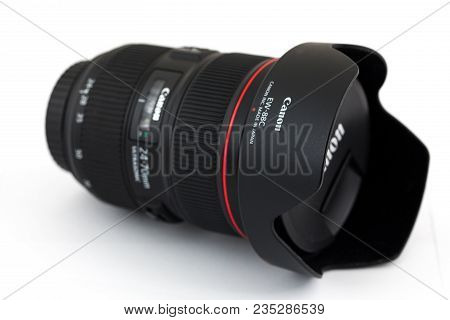 Springfield, Or - April 6, 2018: Canon 24-70 2.8 Zoom Lens Against An Isolated White Background In S