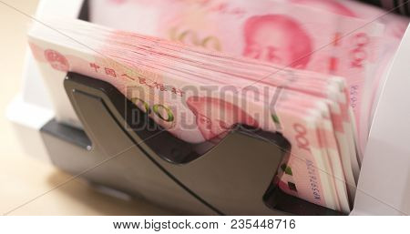 Counting paper banknote machine for RMB