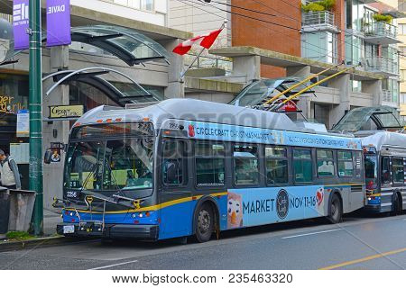 Vancouver - Nov 9, 2014: Vancouver Trolley Bus Route 6 On Davie Street In Downtown Vancouver, Britis