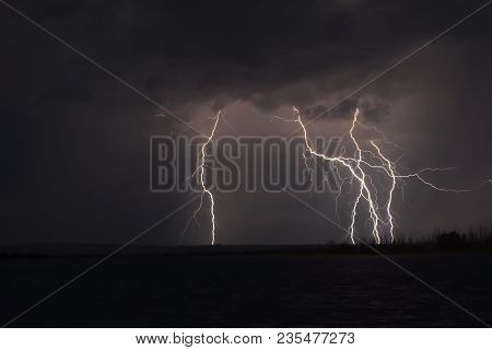 View Of Lightning Over The Lake, Lightning Strikes The Ground, Strong Thunder Lightning Dark Clouds