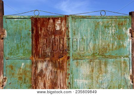 Metal Fence Background.abstract Blurred Background.metal Rust Background. Metal Rust Texture. Decay