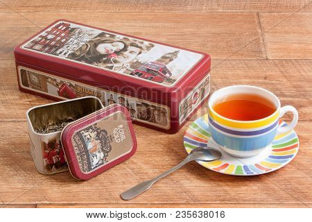 Russia, Izhevsk - May 15, 2017:tea Set Hilltop. Ceylon Black And Chinese Green Tea. Cup Of Tea And T