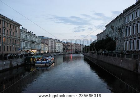 Saint-petersburg, Russia - July 14 , 2014 Night Petersburg At Sunset