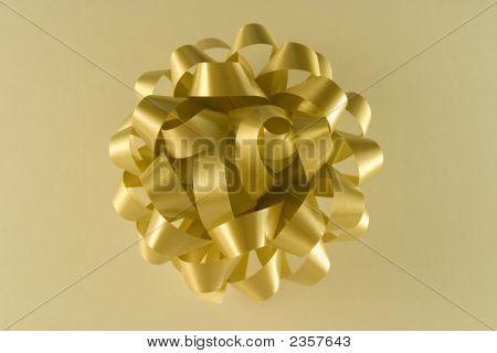 Golden Gift Row
