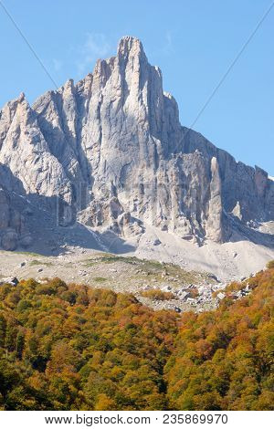 Grand Aiguille Ansabere Peak in Lescun Cirque. Aspe Valley, Pyrenees, France.
