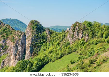 Beautiful Mountain Landscape Of Apuseni. Sunny Springtime Nature Scenery With Cliffs Of Cheile Manas