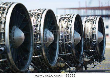 B-1 Lancer Engines